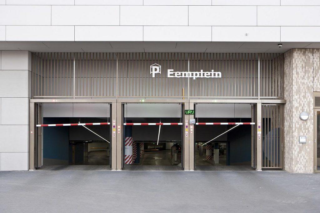Parkeer garage eemplein